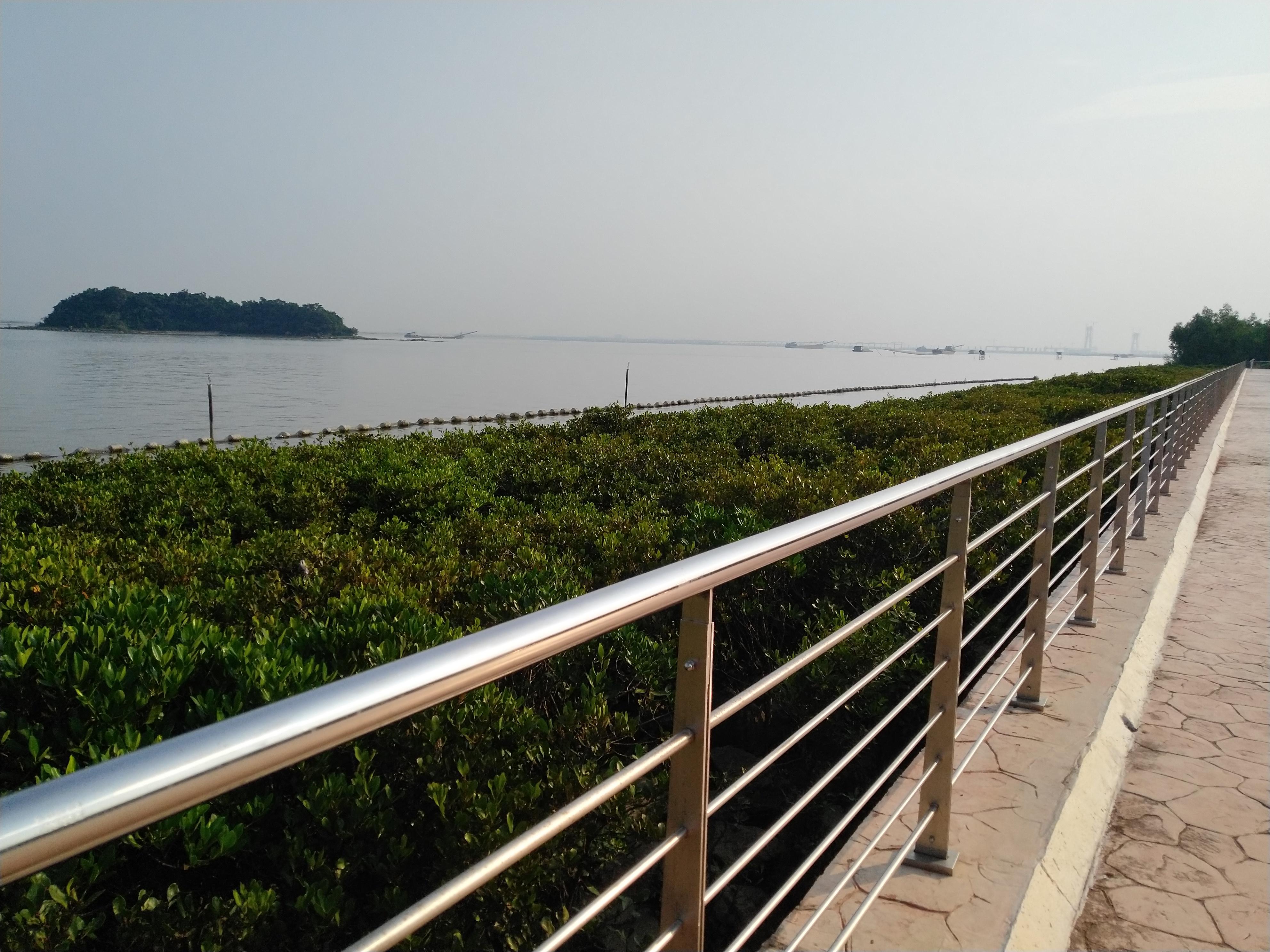 南沙天后宫,出海口一望无际,公园漫步
